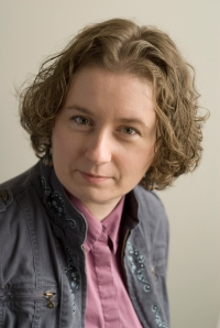 Photo of freelance writer Kelly-Anne Riess